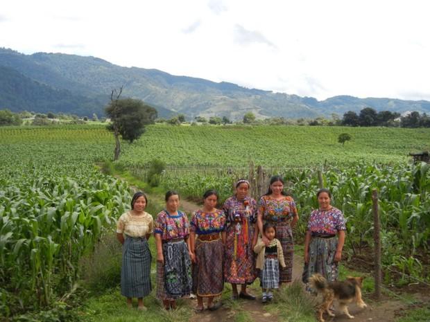 Guatemala DSCN2443Tejidos