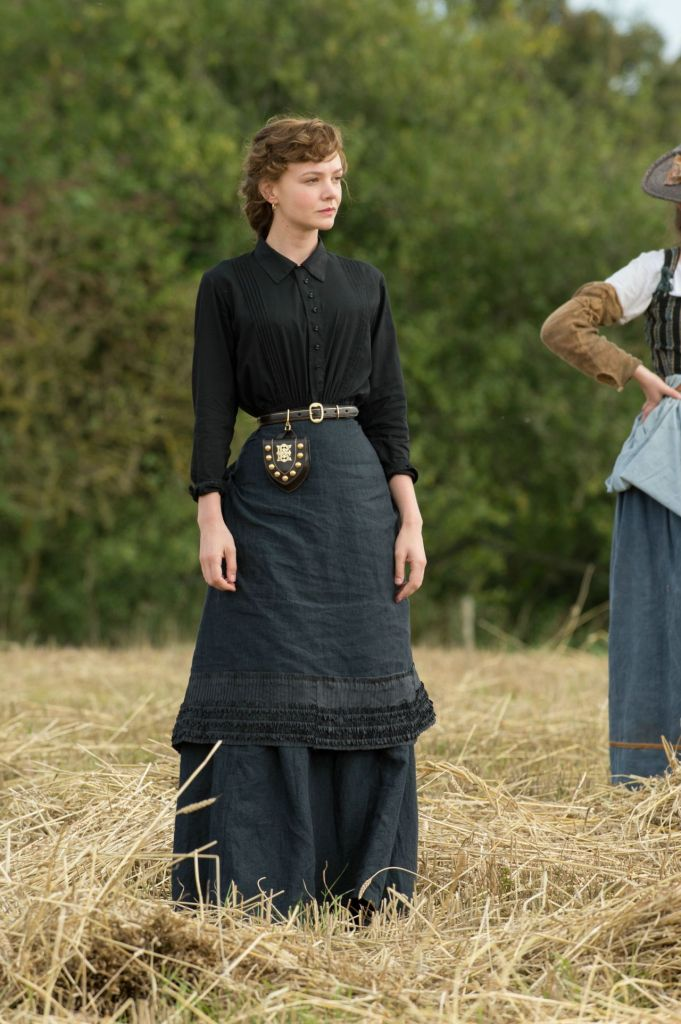 carey-mulligan-far-from-the-madding-crowd-movie-photos_2