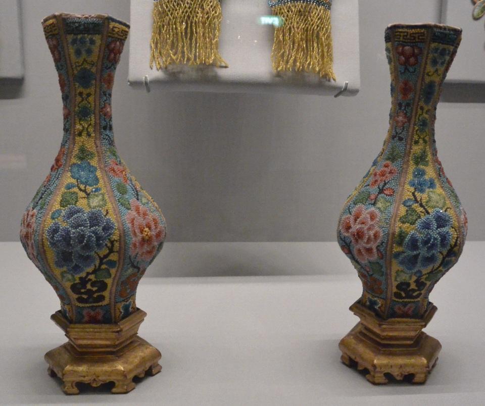 peranakan vases