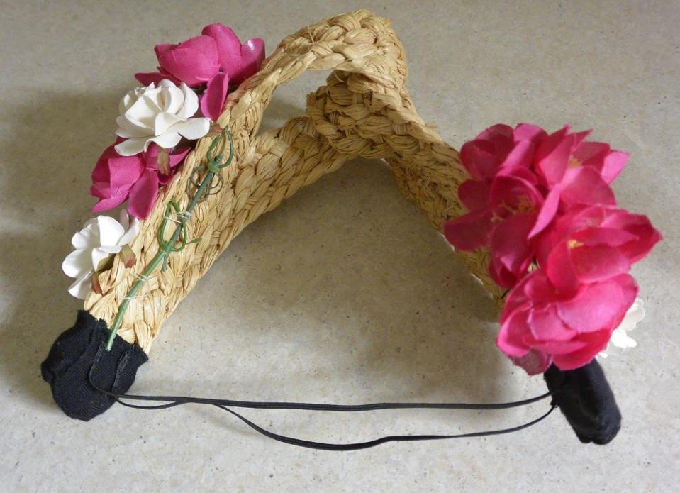 straw turban with flowers
